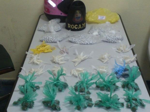 Droga foi apreendida pela Rocam em Mogi (Foto: Polícia Militar/divulgação)