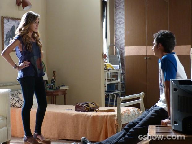 Sofia se achando a dona da verdade pra cima de Ben (Foto: Malhação / TV Globo)