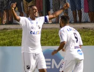 Jogadores do ABC comemoram gol marcado (Foto: Divulgação/ABC)