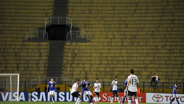 Corinthians x Millonarios (Foto: AFP)