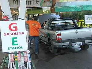 Gasolina cara uberaba (Foto: Reprodução/TV Integração)