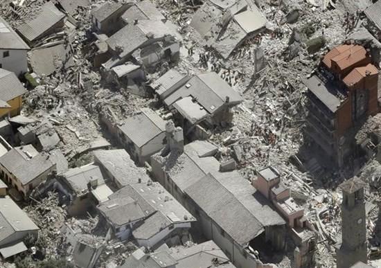 BLOG: MM Notícias - Grupo de pilotos fora-de-estrada ajuda no socorro às vítimas do terremoto na Itália...