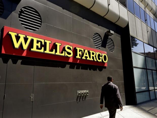 Imagem de julho de 2014 mostra uma agência do Wells Fargo em Oakland, Califórnia (Foto: AP Photo/Ben Margot)