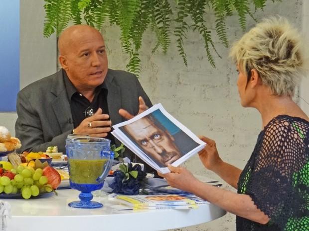 Ana Maria tira dúvidas sobre postura com especialista (Foto: Mais Você / TV Globo)