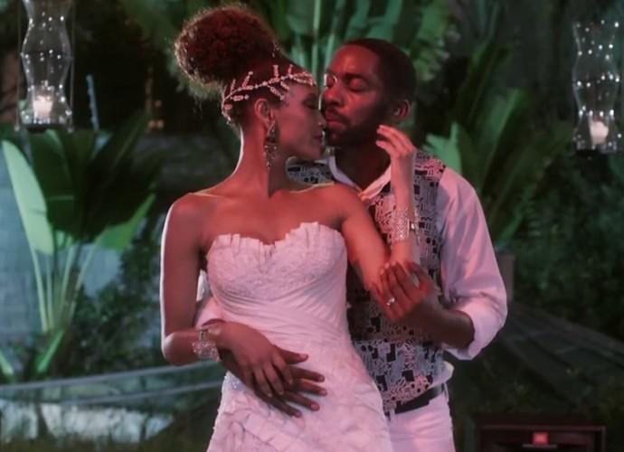 Brau e Michele dançam trilha sonora marcante em recasamento (Foto: TV Globo)