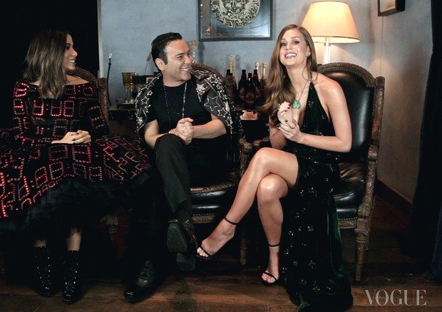 Anitta e Marina Ruy Barbosa juntas no Mister V (Foto: Reprodução)