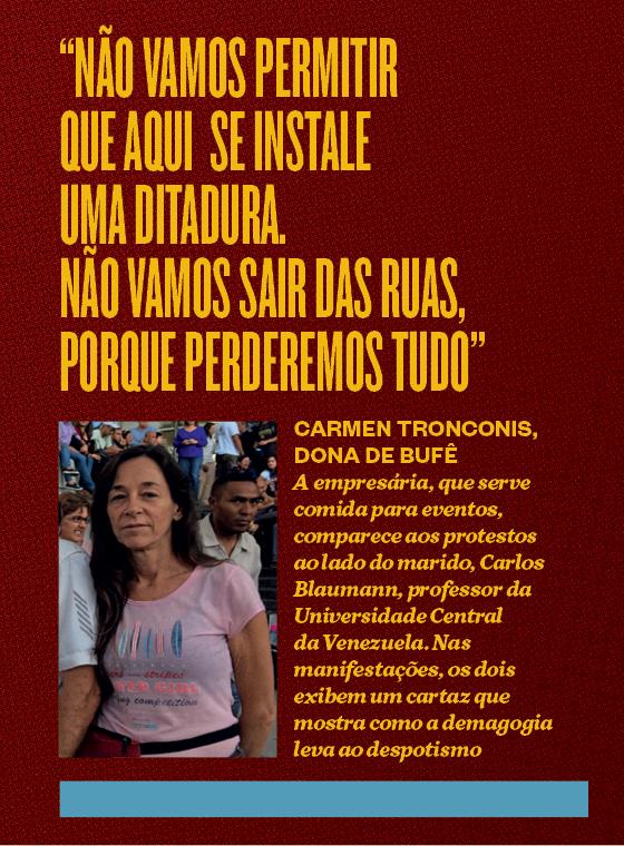 """""""Não vamos permitir que aqui se instale uma ditadura. Não vamos sair das ruas, porque perderemos tudo"""" (Foto: Época)"""