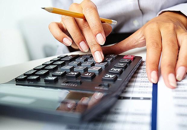 Imposto de Renda ; calculadora ; contas a pagar ; pequenas empresas ;  (Foto: Shutterstock)