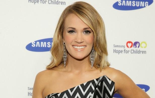 Outra vencedora do 'American Idol', Carrie Underwood, da edição de 2005 do programa, também se manteve virgem até casar. A cantora está com 31 anos e se casou quando tinha 27, em 2010, com o jogador de hóquei Mike Fisher. (Foto: Getty Images)