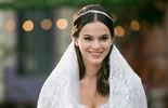 Vestida de noiva, Marquezine conta sonho: 'Formar uma família' (Isabella Pinheiro/Gshow)