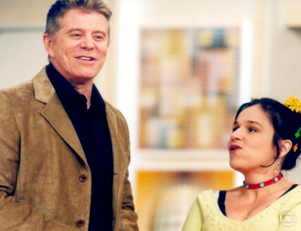 Miguel Falabella e Claudia Rodrigues em Sai de Baixo (Foto: TV Globo | Reprodução)
