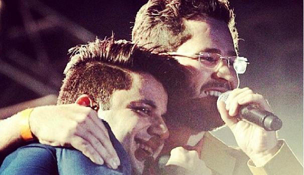 Última foto de Pedro Leonardo e Cristiano Araújo divulgada antes do acidente do cantor (Foto: Reprodução)