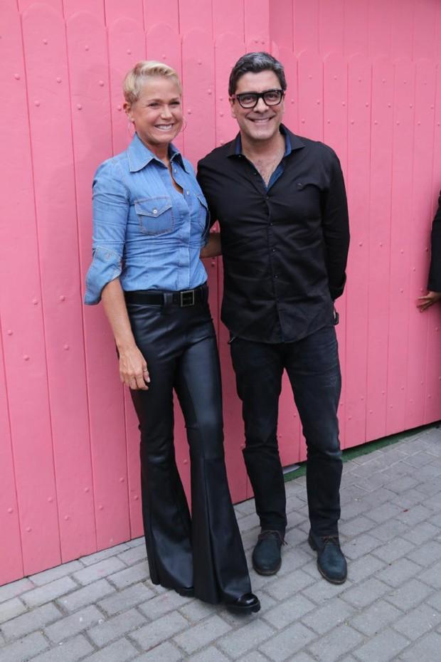 Xuxa e Junno  (Foto: Daniel Pinheiro/AgNews)