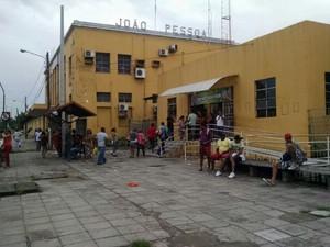 Os trens se tornaram alternativa durante a greve dos ônibus na Região Metropolitana de João Pessoa (Foto: Wagner Lima/G1)