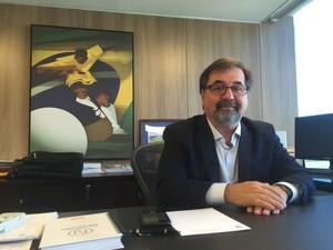 Marco Aurélio Cunha, coordenador de futebol feminino (Foto: Cíntia Barlem)