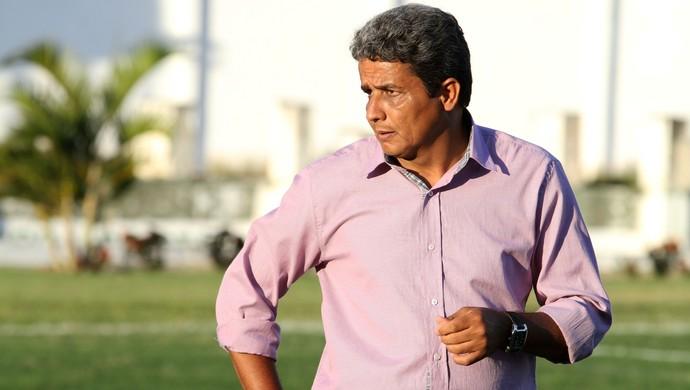 Reginaldo Sousa, treinador, Internacional de Teixeira (Foto: Nelsina Vitorino / Jornal da Paraíba)