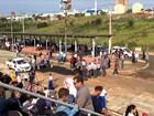 Buraco na passarela do sambódromo de Bauru atrasa desfile cívico