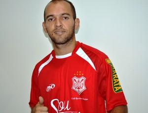 Fabinho Cambalhota é o novo reforço do Sergipe (Foto: Felipe Martins/Globoesporte.com/SE)