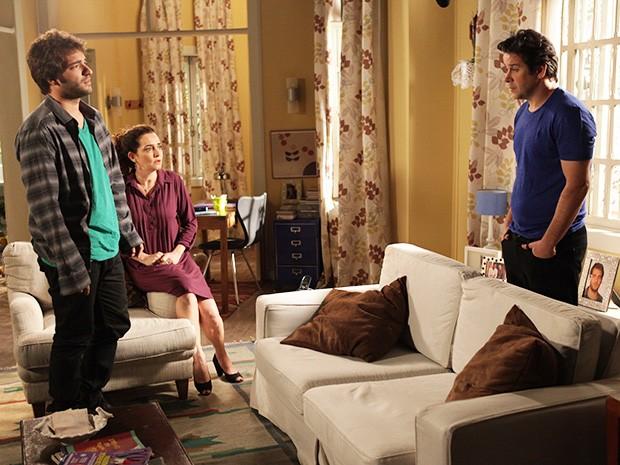 Jonas se dá conta que Herval sabia de tudo e escondeu a verdade esse tempo todo (Foto: Pedro Curi/ TV Globo)