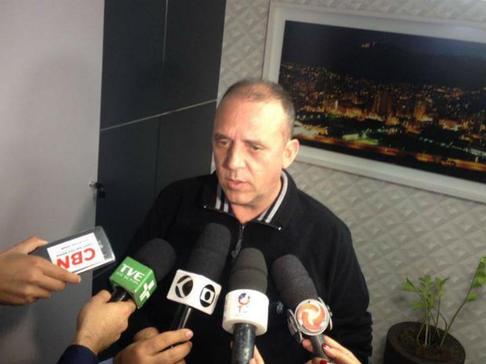 Presidente do Sindicomércio aprova lei, mas questiona aplicabilidade (Foto: Rafael Antunes/G1)