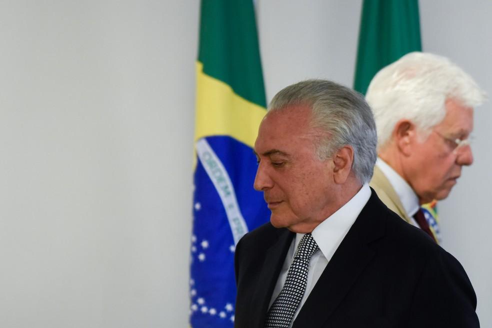 Michel Temer e Moreira Franco serão soltos — Foto: Mateus Bonomi/AGIF/AFP