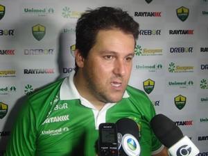 Fernando Marchiori lamenta pênalti perdido pelo Cuiabá (Foto: Denison Roma / GloboEsporte.com)