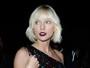 Taylor Swift teria terminado com Calvin Harris pelo telefone, diz site