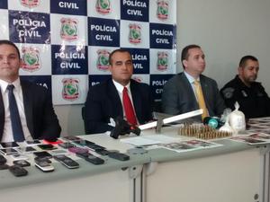 Polícia Civil disse que outros membros do grupo estão foragidos (Foto: Gioras Xerez)