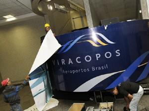 Concessionária trabalhou em mudanças no visual do Aeroporto de Viracopos, em Campinas, durante a madrugada desta quarta-feira (Foto: Divulgação / Aeroportos Brasil Viracopos)