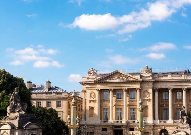Fachada do Hôtel de Crillon, com esculturas de Coustou (Foto:  Divulgação)