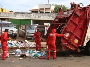 Coleta de lixo acre (Foto: Marcos Vicentti/Prefeitura de Rio Branco)