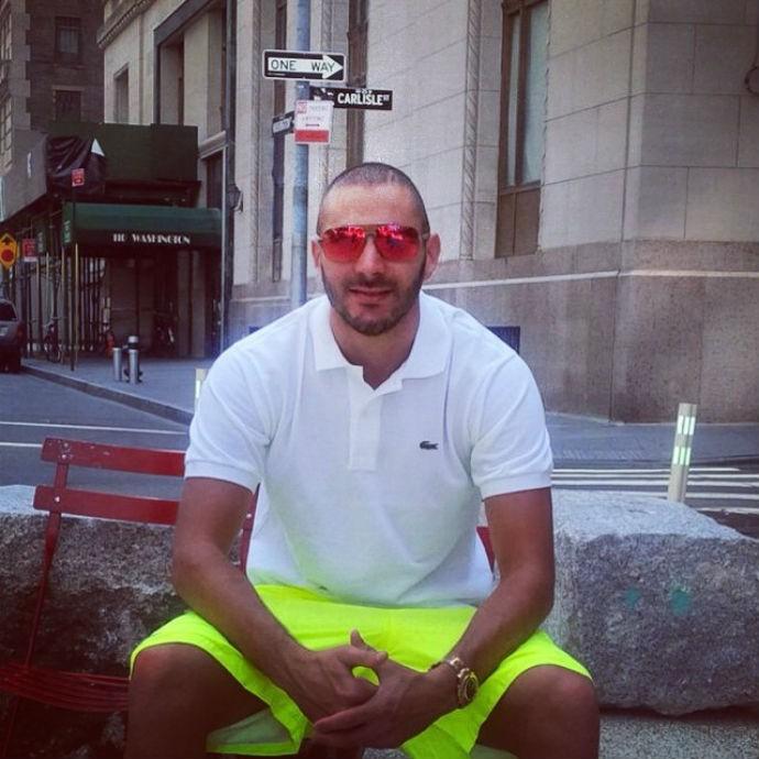 Karim Benzema posa em Nova York durante as férias (Foto: Reprodução/Instagram)