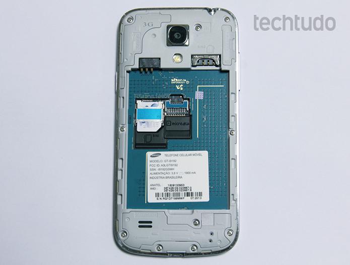 Possibilidade de trocar de bateria elimina um dos grandes fantasmas da compra de um celular usado (Foto: Barbara Manara/TechTudo)