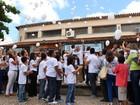Família de Caio solta balões em agradecimento aos seguidores de luta
