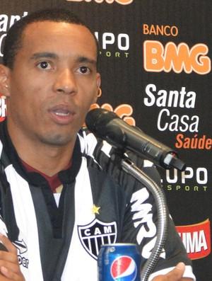 Rosinei coletiva Atlético-MG (Foto: Fernando Martins / Globoesporte.com)