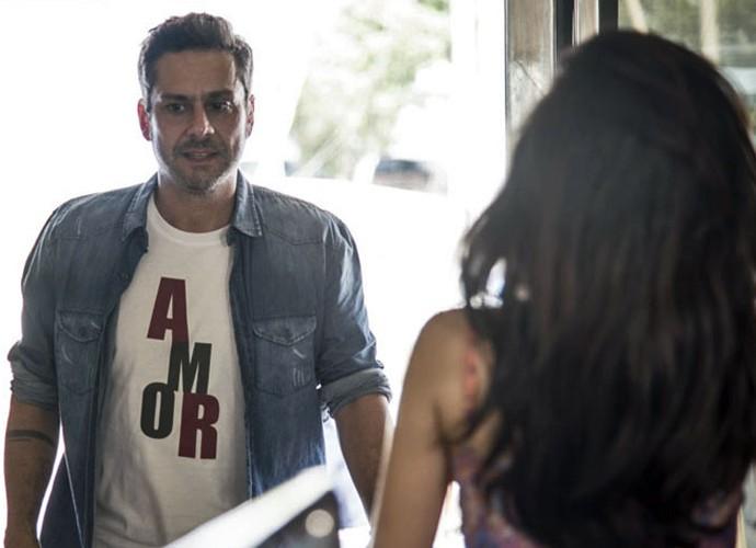 Ex-vereador evita que Tóia fique na mira do bandido (Foto: Raphael Dias/Gshow)