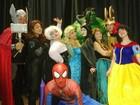 'Os Vingadores no Reino Encantado' é encenado em Volta Redonda, RJ