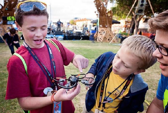 Mini Drone 3.0 pode ser usado por crianças (Foto: Reprodução/Kickstarter)