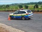 Policiais participam de treinamento de direção veicular em Cacoal, RO