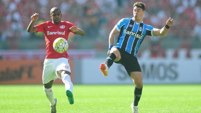 Fabinho Giuliano Gre-Nal Grêmio Inter (Foto: Ricardo Duarte/Divulgação Inter)