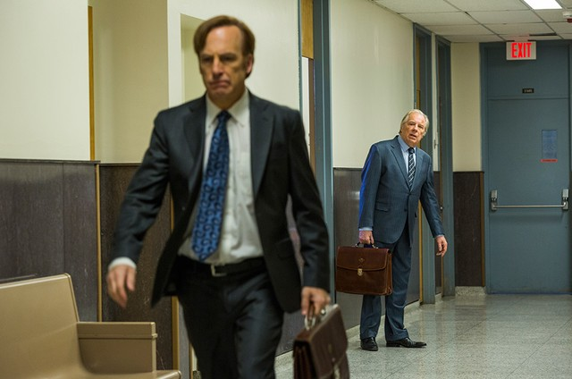 Bob Odenkirk e Michael McKean em 'Better call Saul' (Foto: Michele K. Short/AMC)