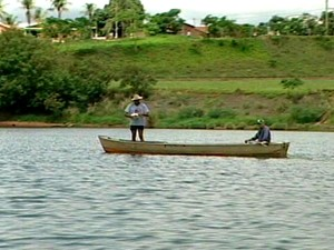 Pescadores começam a chegar na cidade após o fim da Piracema (Foto: Reprodução/TV Fronteira)