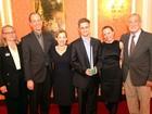 Na Rússia, Snowden recebe prêmio de ex-agentes de segurança dos EUA