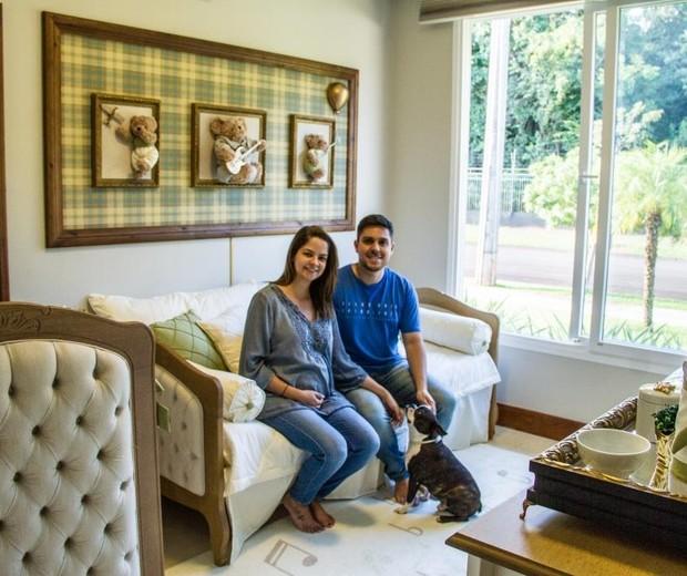 Maria Cecília e Rodolfo no quarto de Pedro (Foto:  Ana Carolina Fonseca)