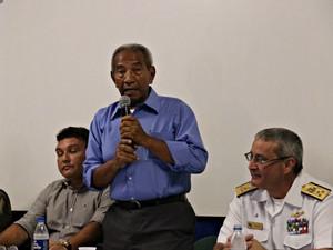 Gestor do Centro de Estudos, Antônio dos Santos, espera atender 20% da população (Foto: Sérgio Rodrigues/ G1 AM)