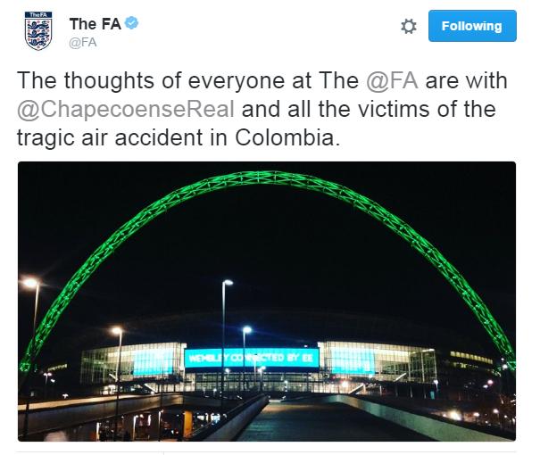 BLOG: Arco de Wembley fica verde em homenagem à Chapecoense
