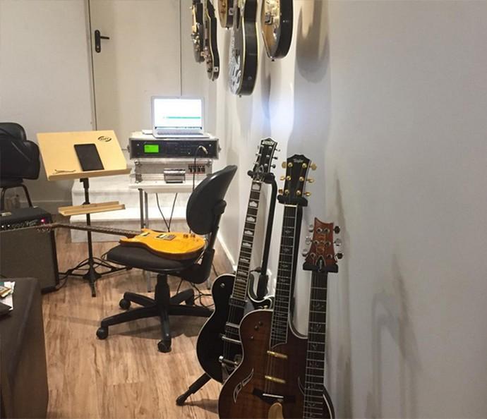Guitarras de Bell Marques (Foto: Arquivo Pessoal)