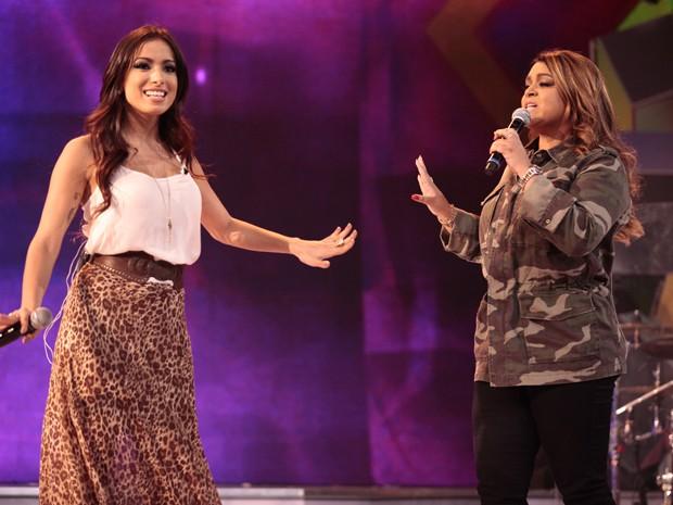 Anitta e Preta Gil ensaiam para a apresentação em Sai do Chão (Foto: TV Globo/Pedro Curi)