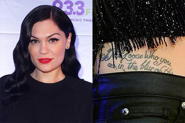 Jessie J e sua tatuagem na cintura (Foto: Getty Images)