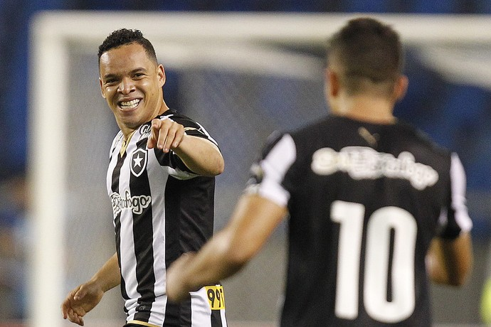 Gol Lulinha Botafogo x Náutico Engenhão (Foto: Vitor Silva/SSPress)